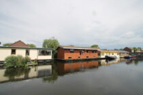 Exterieur VISKUS woonschepenhaven 9 Lemmer - woonark  te koop bij Scheepsmakelaardij Fikkers - 1 / 28