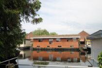 Exterieur VISKUS woonschepenhaven 9 Lemmer - woonark  te koop bij Scheepsmakelaardij Fikkers - 3 / 28