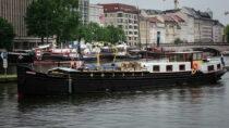 Exterieur Linquenda - Luxe motor te koop bij Scheepsmakelaardij Fikkers - 26 / 29