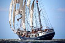 Exterieur Thalassa - three mast barq te koop bij Scheepsmakelaardij Fikkers - 2 / 51