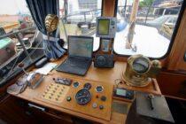 Interieur WIJDO - sleepboot (omgebouwd als jacht) te koop bij Scheepsmakelaardij Fikkers - 6 / 31