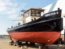 Exterieur BRUTUS 2 - Sleepboot te koop bij Scheepsmakelaardij Fikkers - 32 / 34