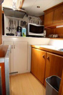 Interieur BRUTUS 2 - Sleepboot te koop bij Scheepsmakelaardij Fikkers - 8 / 27