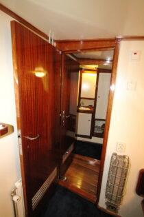 Interieur LIBBEN - Sleepboot te koop bij Scheepsmakelaardij Fikkers - 18 / 53