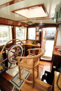 Interieur LIBBEN - Sleepboot te koop bij Scheepsmakelaardij Fikkers - 27 / 53