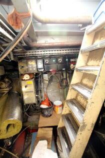Interieur LIBBEN - Sleepboot te koop bij Scheepsmakelaardij Fikkers - 35 / 53