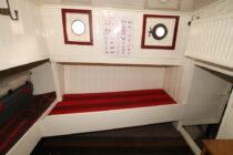 Interieur STERNA in prijs verlaagd! - Sleepboot te koop bij Scheepsmakelaardij Fikkers - 26 / 26