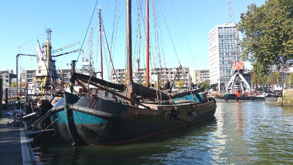Groninger tjalk te koop · Ligplaats: Rotterdam · Drie Gebroeders Bierhaven te Rotterdam · ref 2168 · Scheepsmakelaardij Fikkers