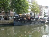 Exterieur Alcyon bierhaven Rotterdam - sleepboot te koop bij Scheepsmakelaardij Fikkers - 7 / 12