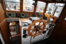 Interieur Alcyon bierhaven Rotterdam - sleepboot te koop bij Scheepsmakelaardij Fikkers - 3 / 24