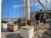 Exterieur GULDEN LEEUW - 3-mast topsail schooner te koop bij Scheepsmakelaardij Fikkers - 8 / 41