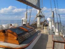 Exterieur GULDEN LEEUW - 3-mast topsail schooner te koop bij Scheepsmakelaardij Fikkers - 20 / 41
