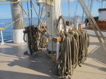 Exterieur GULDEN LEEUW - 3-mast topsail schooner te koop bij Scheepsmakelaardij Fikkers - 21 / 41