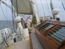Exterieur GULDEN LEEUW - 3-mast topsail schooner te koop bij Scheepsmakelaardij Fikkers - 23 / 41