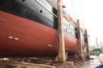 Exterieur GULDEN LEEUW - 3-mast topsail schooner te koop bij Scheepsmakelaardij Fikkers - 36 / 41