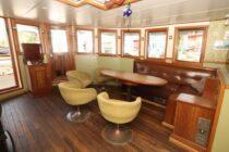 Interieur GULDEN LEEUW - 3-mast topsail schooner te koop bij Scheepsmakelaardij Fikkers - 13 / 52