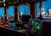 Interieur GULDEN LEEUW - 3-mast topsail schooner te koop bij Scheepsmakelaardij Fikkers - 26 / 52