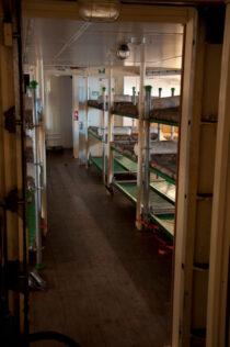 Interieur GULDEN LEEUW - 3-mast topsail schooner te koop bij Scheepsmakelaardij Fikkers - 43 / 52