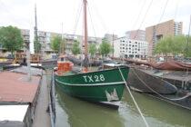 Exterieur Dageraad Haringvliet Rotterdam - kotter te koop bij Scheepsmakelaardij Fikkers - 2 / 30