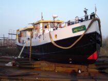 Exterieur MIRO - motorpassagierschip te koop bij Scheepsmakelaardij Fikkers - 35 / 37