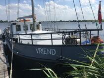 Exterieur VRIEND ex FLANDRIA XV - motorzeilschip,  ex Antwerpens waterbunkerboot  te koop bij Scheepsmakelaardij Fikkers - 23 / 27