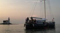 Exterieur VRIEND ex FLANDRIA XV - motorzeilschip,  ex Antwerpens waterbunkerboot  te koop bij Scheepsmakelaardij Fikkers - 24 / 27