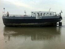 Exterieur VRIEND ex FLANDRIA XV - motorzeilschip,  ex Antwerpens waterbunkerboot  te koop bij Scheepsmakelaardij Fikkers - 26 / 27