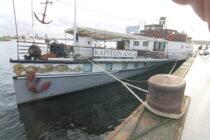 Exterieur Kapitein Anna - Radersalonboot  te koop bij Scheepsmakelaardij Fikkers - 3 / 32