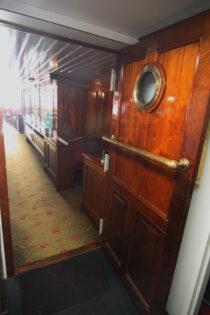 Interieur Kapitein Anna - Radersalonboot  te koop bij Scheepsmakelaardij Fikkers - 55 / 69