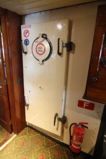 Interieur Kapitein Anna - Radersalonboot  te koop bij Scheepsmakelaardij Fikkers - 63 / 69