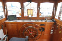 Interieur WILLY - sleepboot te koop bij Scheepsmakelaardij Fikkers - 3 / 30