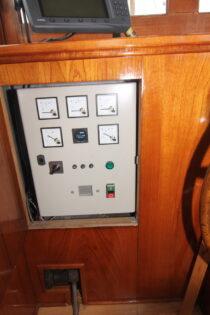 Interieur WILLY - sleepboot te koop bij Scheepsmakelaardij Fikkers - 7 / 30
