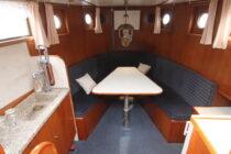 Interieur WILLY - sleepboot te koop bij Scheepsmakelaardij Fikkers - 9 / 30