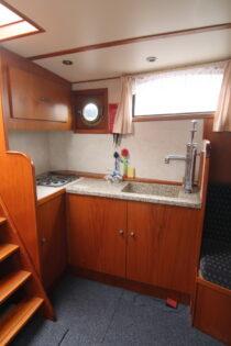 Interieur WILLY - sleepboot te koop bij Scheepsmakelaardij Fikkers - 10 / 30
