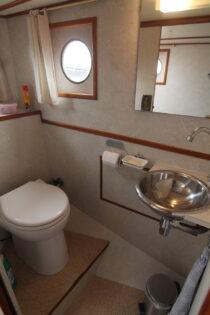 Interieur WILLY - sleepboot te koop bij Scheepsmakelaardij Fikkers - 14 / 30
