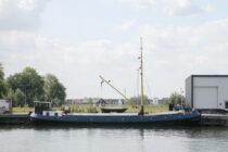 Exterieur Eben Haëzer Harderwijk - motortjalk te koop bij Scheepsmakelaardij Fikkers - 24 / 25